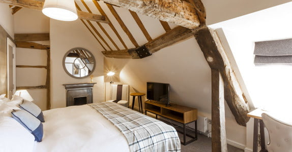 Hotel room at the Red Lion, Odiham with wooden beams